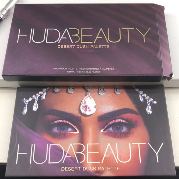 HUDA BEAUTY Other - Huda desert dusk eyeshadow palette